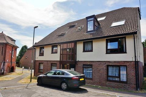 2 bedroom flat to rent - Fareham  Frosthole Close  UNFURNISHED
