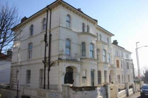 Studio to rent - DYKE ROAD, CLOSE TO BRIGHTON STATION