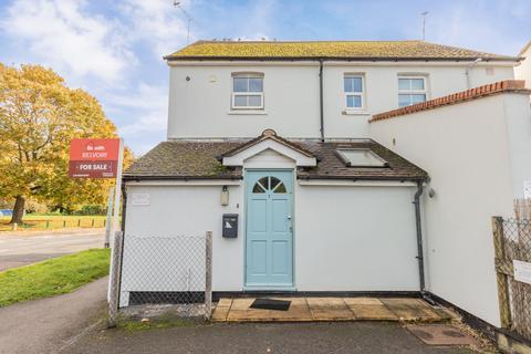 1 bedroom ground floor flat for sale - Kennet Road, Maidenhead SL6