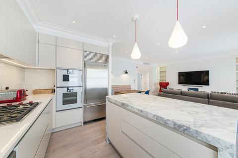 2 bedroom flat to rent - Sloane Gate Mansions, Knightsbridge, London