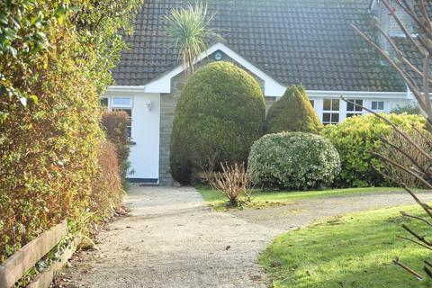2 bedroom semi-detached bungalow for sale - Tremanor Way, Falmouth TR11
