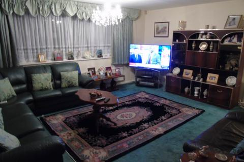 4 bedroom townhouse for sale - Wheatlands, Heston, TW5