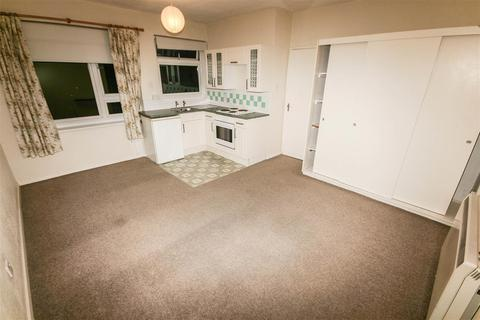 Studio to rent - Carlton Court, Hulse Road, Southampton