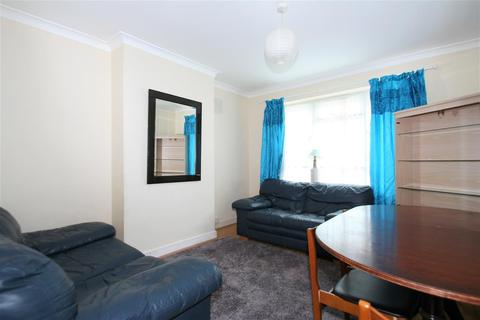 2 bedroom apartment to rent - Beverley Drive,, London