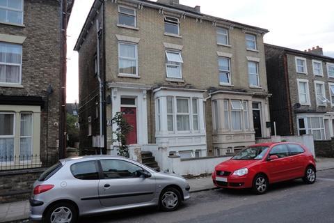 1 bedroom flat to rent - 1 Bedroom 1st Floor Flat - Alexandra Road, BEDFORD