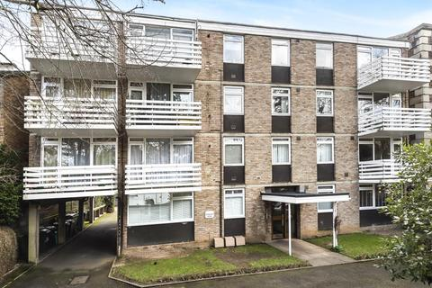 2 bedroom flat for sale - Dunraven House, Kew Road, TW9