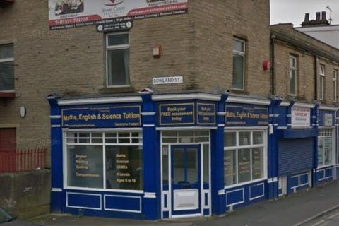 Property to rent - Lumb Lane, Bradford, BD8