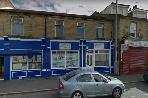 1 bedroom flat to rent - -104, Lumb Lane, Bradford, BD8