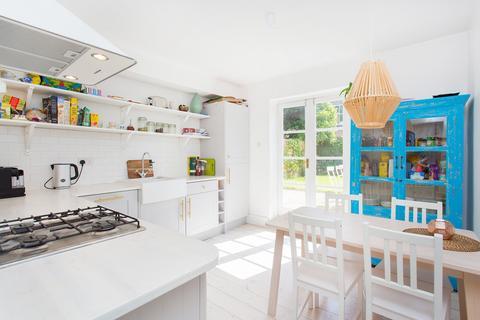 2 bedroom flat to rent - Cavendish Road, Clapham, SW12