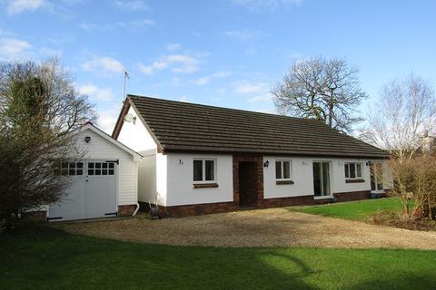 3 bedroom detached bungalow for sale - , Llanpumsaint, Carmarthen, Carmarthenshire.