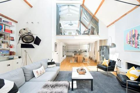 4 bedroom house to rent - Junction Mews, Boatman's Institute, London, W2