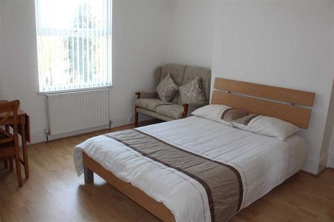 1 bedroom house share to rent - Dover Street, Bilston