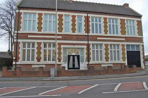 2 bedroom apartment to rent - Holborn House, Sedgley, West Midlands