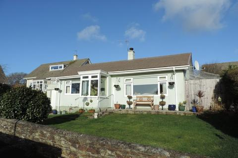 2 bedroom detached bungalow for sale - Park View Close, Carnon Downs, Truro