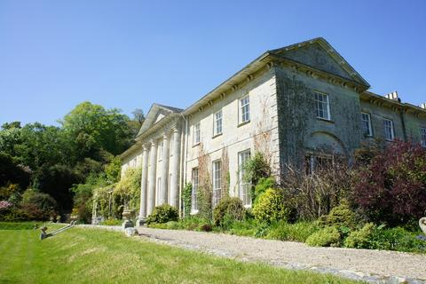 4 bedroom manor house to rent - Glynn