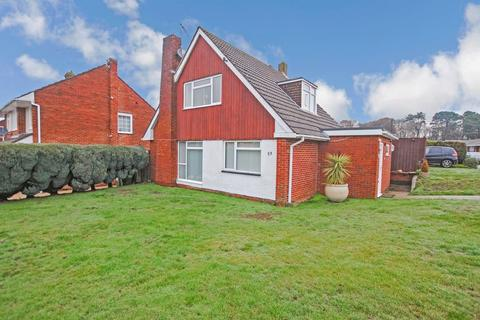 3 bedroom chalet for sale - Broadwater Road, Townhill Park
