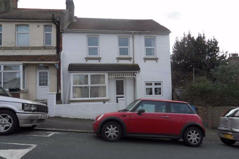 7 bedroom house to rent - Natal Road, Brighton