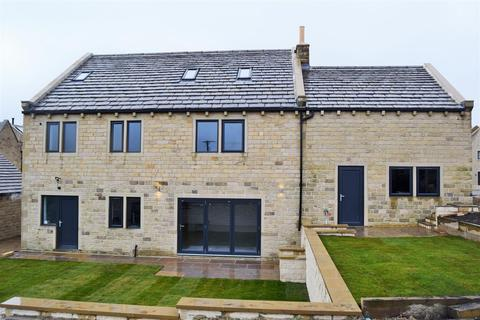 6 bedroom detached house to rent - The Pastures, Shelf, Halifax
