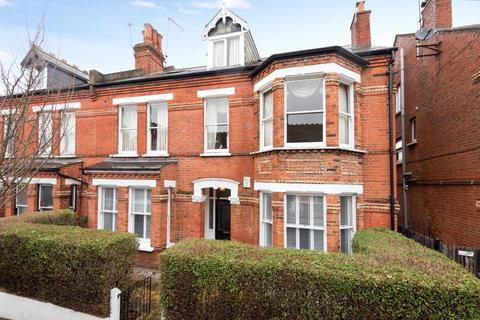 2 bedroom flat for sale - Brunswick Road, Kingston Upon Thames