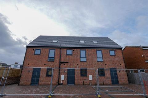 3 bedroom terraced house to rent - Robert Street, Millfield, Sunderland