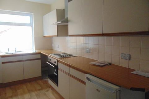 1 bedroom flat to rent - Portsmouth Road, Southampton
