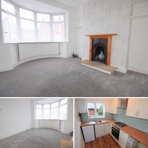 2 bedroom terraced house to rent - Alder Grove, Layton