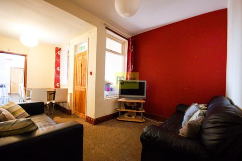 6 bedroom end of terrace house - Rookery Road, Selly Oak - student property