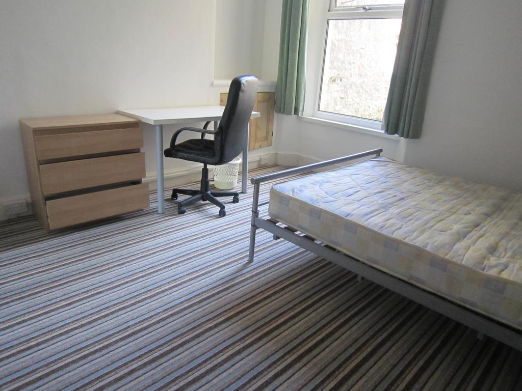 Gf rear bedroom
