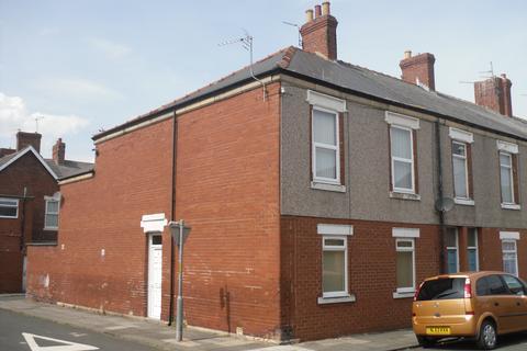 2 bedroom flat to rent - Princess Louise Road, Blyth NE24