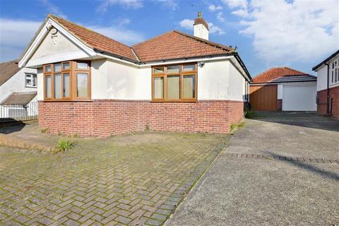 2 bedroom detached bungalow for sale - Springfield Avenue, St. Michaels, Tenterden, Kent