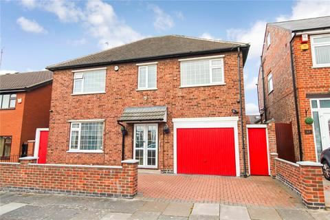3 bedroom detached house for sale - Naseby Road, Rushey Mead / Gipsy Lane, Leicester, LE4
