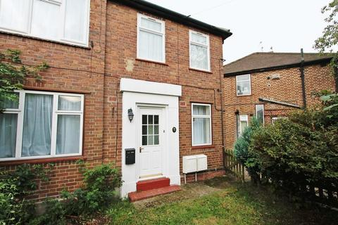 2 bedroom ground floor maisonette to rent - Shelley Avenue, Greenford