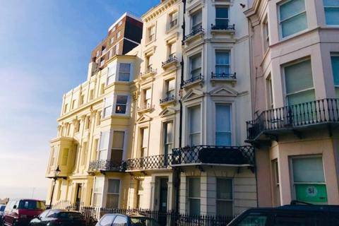 Property to rent - Cavendish Place, Brighton
