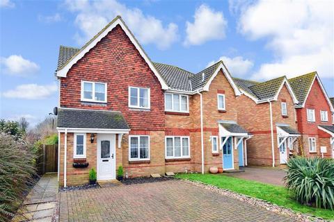 3 bedroom semi-detached house for sale - Oakham Drive, Lydd, Romney Marsh, Kent