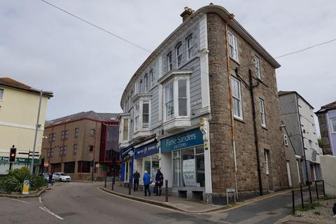 Property to rent - Stewarts Buildings, Penzance, Cornwall