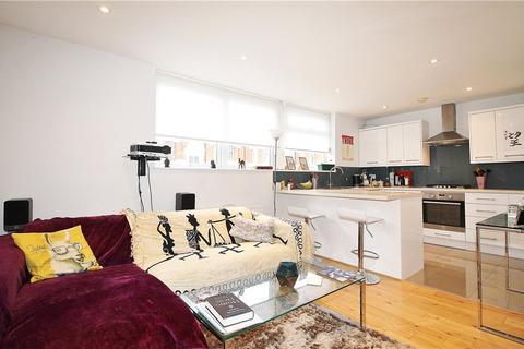 2 bedroom apartment to rent - Askew Road, Shepherds Bush, W12