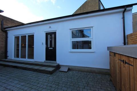 1 bedroom house to rent - East Barnet Road, Barnet
