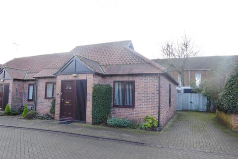 2 bedroom terraced bungalow for sale - Chancery Court, Acomb, York