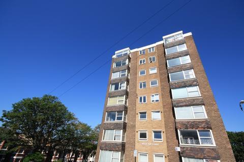 2 bedroom flat to rent - Belle Vue Gardens, Brighton