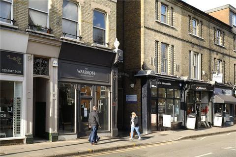 Retail property (high street) to rent - Ridgway, Wimbledon Village, SW19