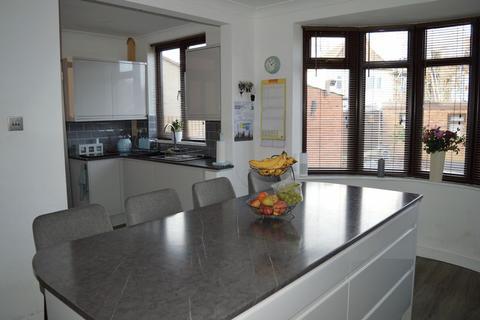 3 bedroom terraced house for sale - Delapre Crescent Road, Northampton