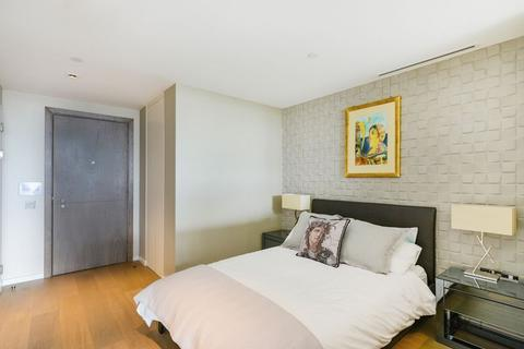 Apartment for sale - South Bank Tower, 55 Upper Ground, London