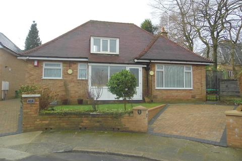 3 bedroom detached bungalow for sale - Oakwell Drive, Salford, M7