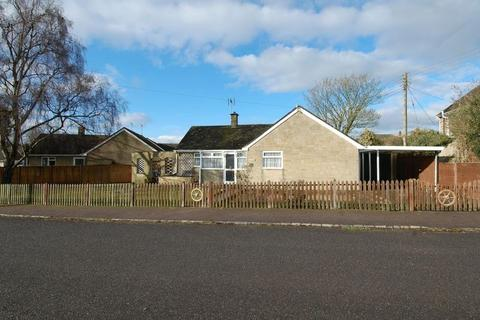4 bedroom detached bungalow for sale - St Johns Road TACKLEY