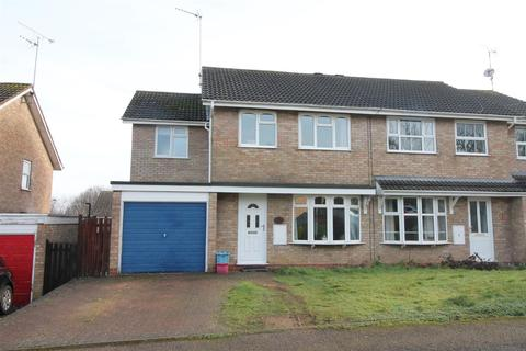 4 Bedroom House For Sale Cavalry Drive Daventry