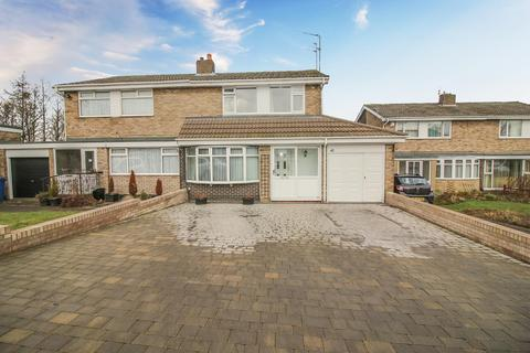 3 bedroom semi-detached house for sale - St Buryan Crescent, Cheviot View, Newcastle Upon Tyne