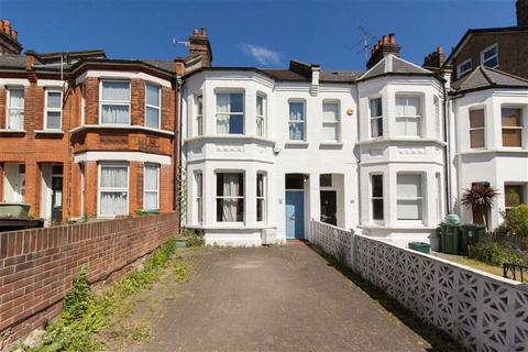 4 bedroom semi-detached house to rent - Friars Place Lane, London