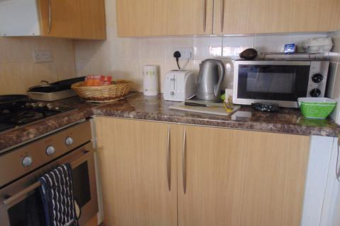 1 bedroom flat to rent - Broadlands Road