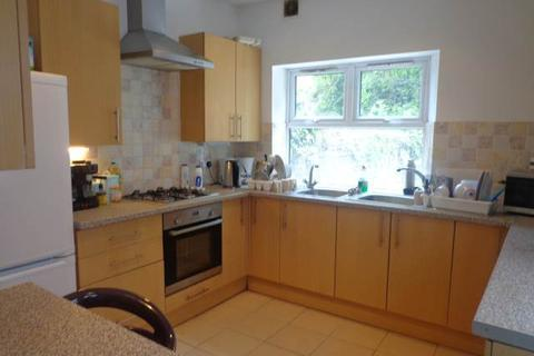 6 bedroom house to rent - Colum Road , Cathays , Cardiff