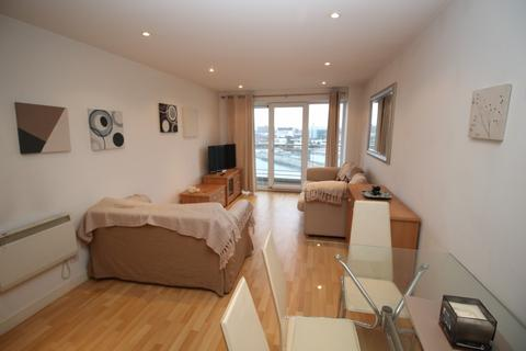 1 bedroom apartment for sale - Imperial Point, The Quays, Salford, M50